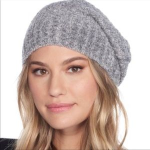 Barefoot dreams ribbed  beanie/hat